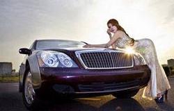 """汽车也会""""眼疲劳""""注意车灯保养和维修"""
