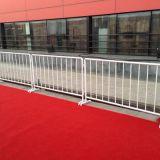 安全围栏 安全遮拦 可移动围栏道路交通黑黄铁马护栏厂家供应