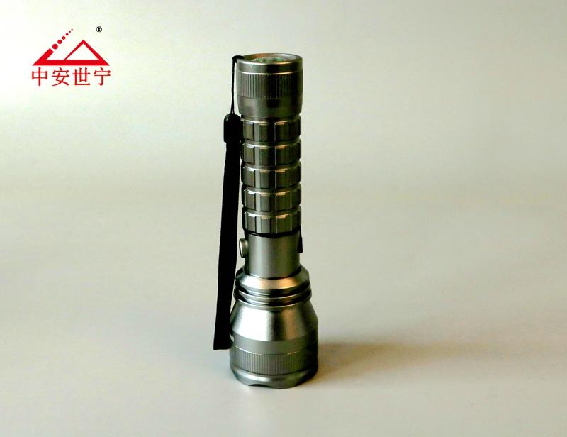 强光手电筒防水手电筒LED消防手电筒