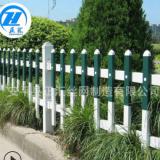 墨绿色草坪护栏 塑钢草坪护栏 墨绿色仿木纹护栏