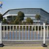 定制市政道路隔离护栏 锌钢城市交通护栏 金属马路交通护栏厂家02