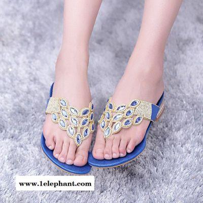 韩版时尚街头百搭约会必备气质拖鞋 低跟水钻装饰人字拖女凉拖鞋