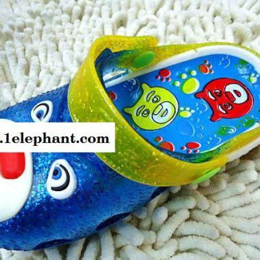 夏季新款带3色灯水晶儿童凉拖鞋卡通包头儿童拖鞋2015