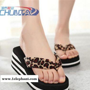 夏季流行豹纹毛巾女人字拖 厚底防滑休闲沙滩鞋凉拖鞋 居家拖鞋